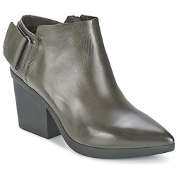Vic Ankle Boots REVEBE